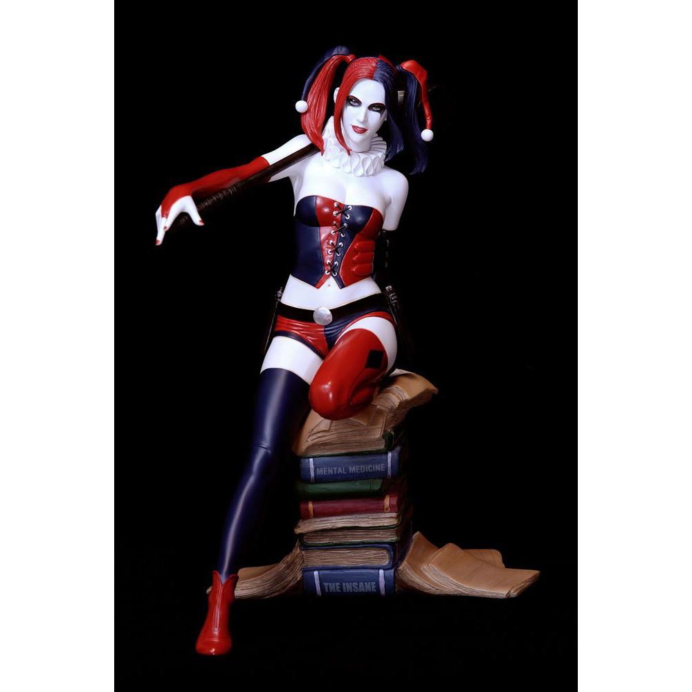 Figurina DC Comics Fantasy Figure Gallery Harley Quinn Luis Rojo Web Exclusive 26 cm - 1