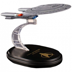 Star Trek TNG Mini Master Series Replica U.S.S. Enterprise NCC-1701-D