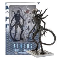 Aliens: Xenomorph Lurker Figure