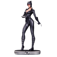 DC Comics Cover Girls Statue Catwoma