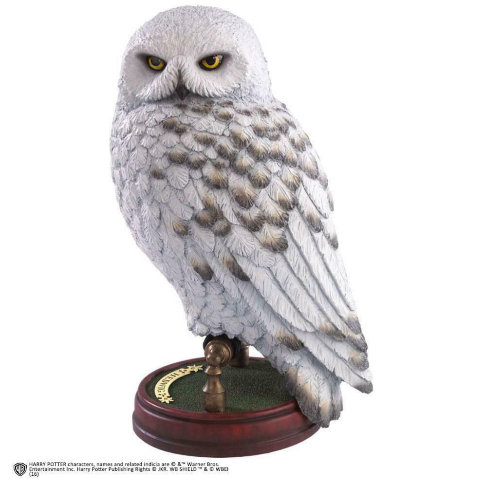 Figurina Harry Potter Magical Creatures Hedwig 24 cm