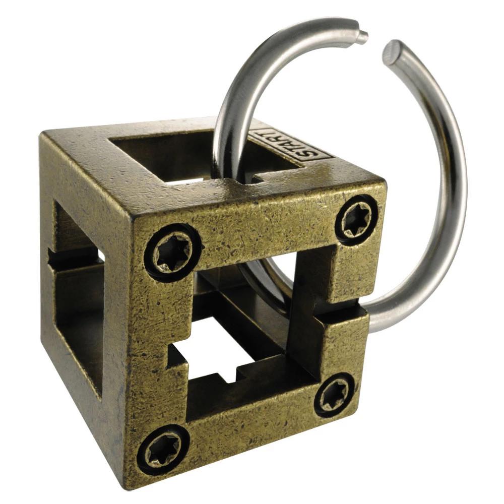 Joc de Inteligenta Huzzle Cast Box